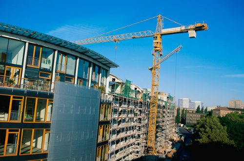 Electrical contacts in tower cranes help build cities